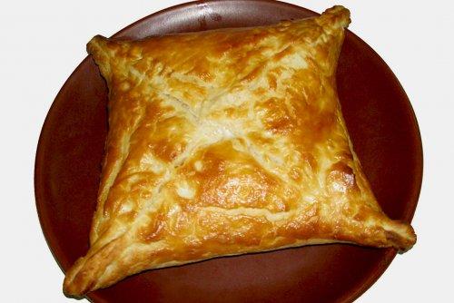хачапури с ветчиной и сыром рецепт с фото из слоеного теста