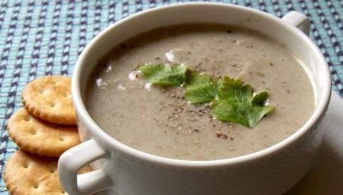 Картофельный суп-пюре из сушеных грибов