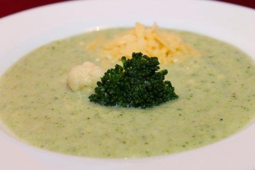 овощной суп пюре из брокколи и цветной капусты