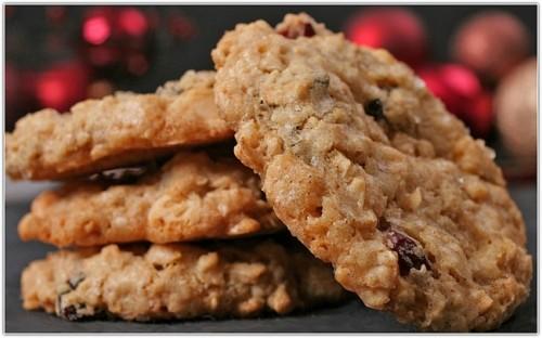 Овсяное печенье на кефире с медом и корицей