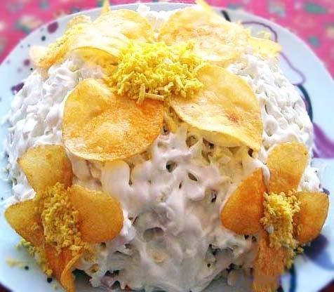 Легкий салат «Орхидея» с чипсами
