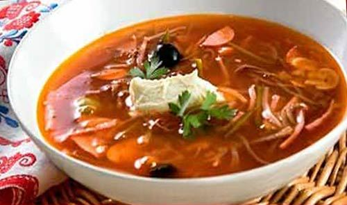 суп солянка с капустой и солеными огурцами рецепт