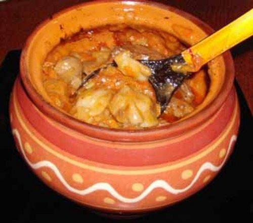 Пельмени с печенью в горшочках по-амурски